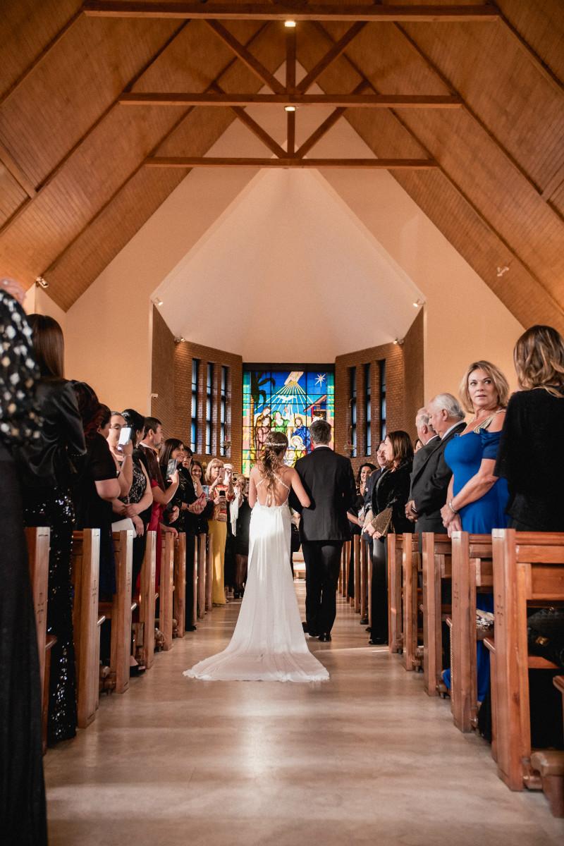 barbara-hernan-matrimonio-casona-de-la-laguna-sofia-jottar-fotografia-por-ampersand-wedding-films034