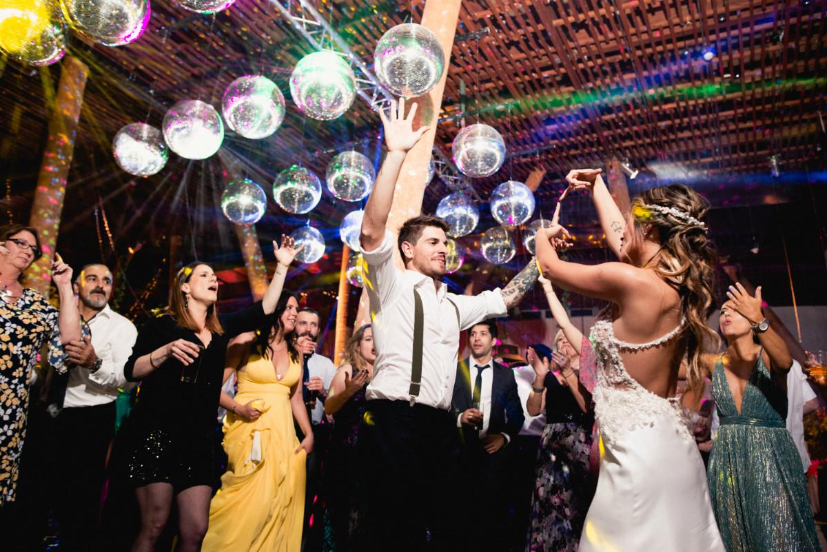 barbara-hernan-matrimonio-casona-de-la-laguna-sofia-jottar-fotografia-por-ampersand-wedding-films090